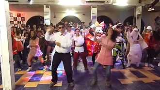 Gangnam Style (music video) - Screenshot of a parody by students from the Colegio de la Preciosa Sangre (Pichilemu, Chile)