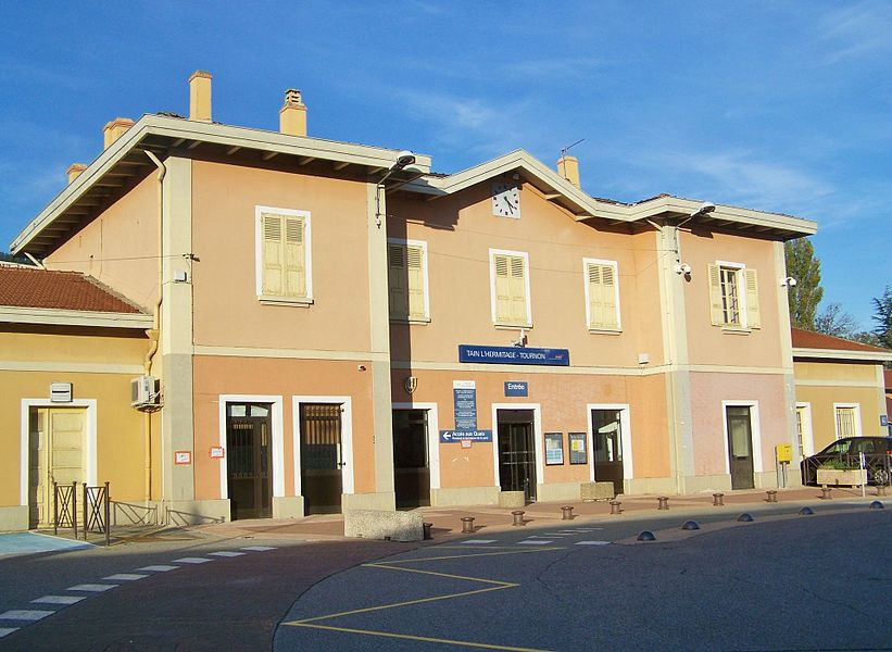 Sight of the building of the Tain l'Hermitage - Tournon railway station, in Drôme, France.