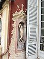 Genova, palazzo reale, controfacciata, nicchia con statua.JPG