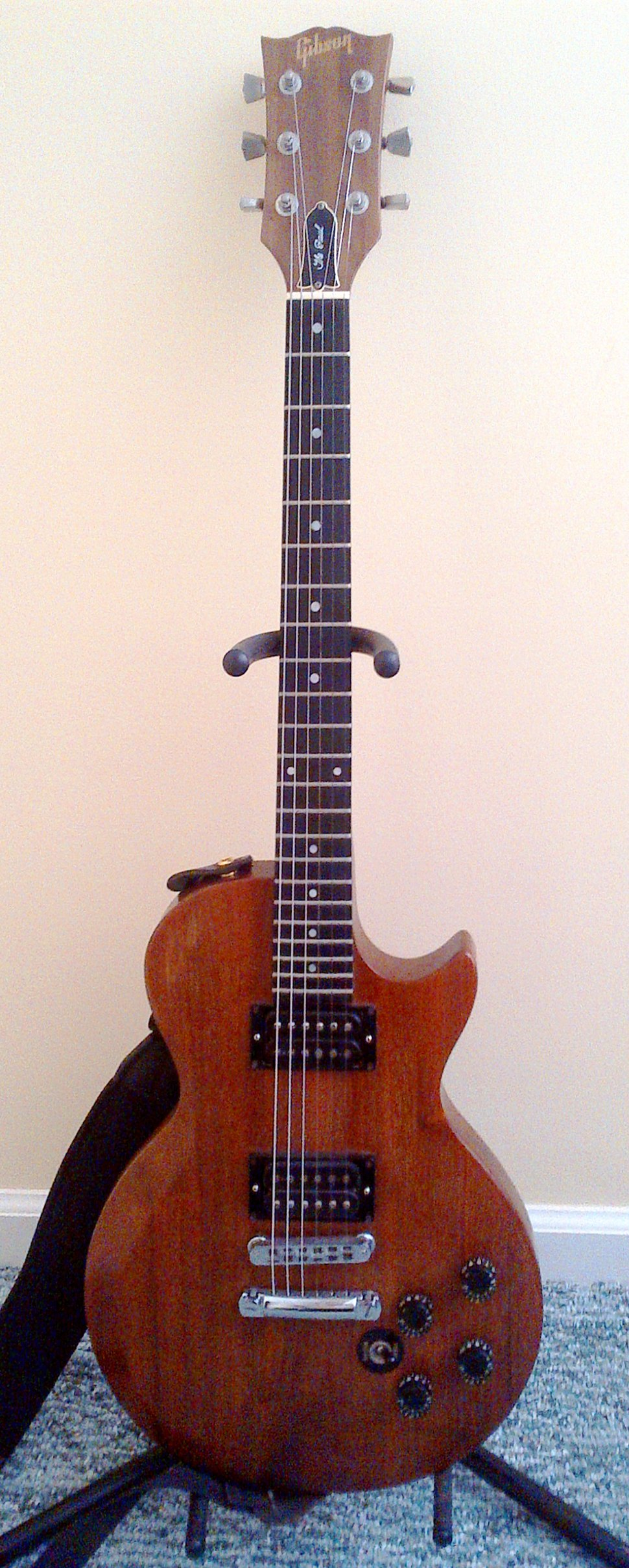 Gibson Les Paul Howling Pixel Classic 3pickup Electric Guitar With Case The Edit1 Clip2