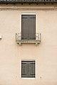 Giudecca detttaglio facciata di casa sul Rio di Sant Eufemia Venezia.jpg