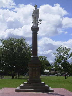 Goondiwindi - War Memorial Park Monument.jpg