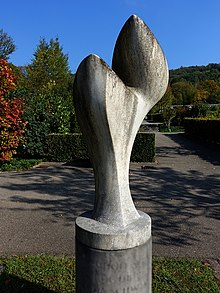 "Hans Arp (1886–1966) painter, graphic artist, sculptor, poet.  Grave sculpture 1953, untitled, in the cemetery at the Hörnli, Riehen, Basel-Stadt Location: 47 ° 33'57.5 ""N 7 ° 38'30.7"" E, 47.565984, 7.641858"