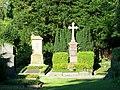 Grabstätte auf dem Ostfriedhof - panoramio (5).jpg