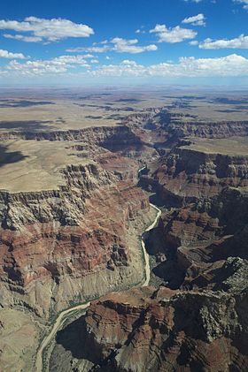 Vue aérienne de la partie nord du Grand canyon.
