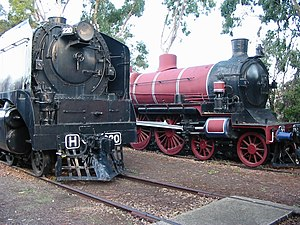 Victorian Railways A2 class - Stephenson A2 884 (right) dwarfed by H 220 (left), the locomotive intended to replace the A2 on Overland services
