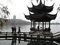 Hangzhou West Lake 杭州西湖边 (8637373899).jpg