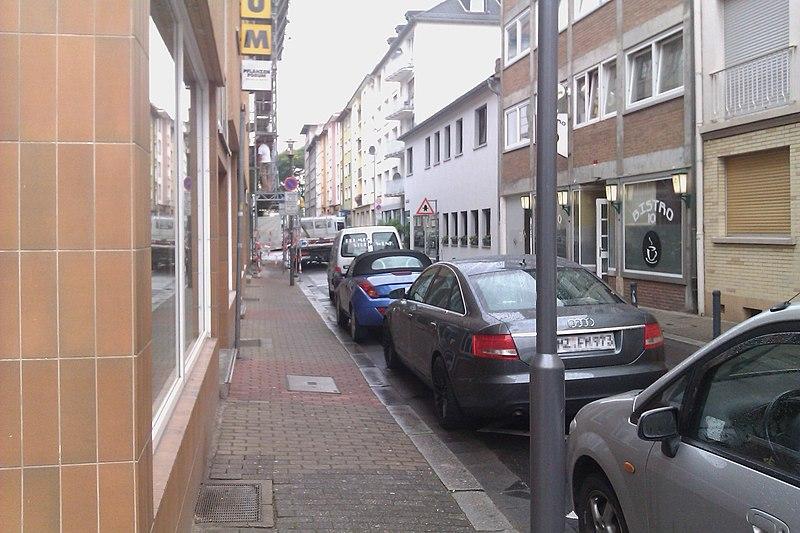 File:Heidelbergerfaßgasse - panoramio.jpg