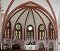 Heiligendamm, die Waldkirche, der dem Verfall preisgegebene Innenraum.JPG