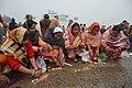 Hindu Devotees Pray To Surya - Makar Sankranti Observance - Baje Kadamtala Ghat - Kolkata 2018-01-14 6883.JPG