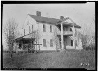 Historic American Buildings Survey Branan Sanders, Photographer March 1934 NORTHEAST - Blount House, (moved to Newnan vicinity, GA), Haddock, Jones County, GA HABS GA,85-HAD.V,1-2.tif
