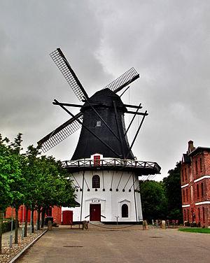 Højer - Image: Hojer windmill