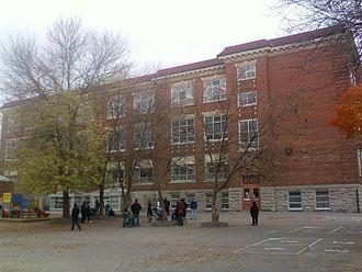 Hopewell Avenue Public School - Hopewell Avenue Public School, West side (before 2015 courtyard renovation)