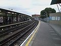 Hounslow East stn look east.JPG