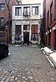 House with cobbles - Beacon Hill - Boston, MA - DSC02148.jpg
