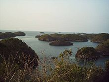 Tipico paesaggio dell'Hundred Islands National Park