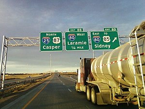 English: Interstate 25 northbound at interchan...