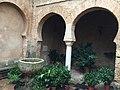 Iglesia Granada Niebla 04 patio.jpg