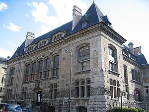 Emmanuel Pontremoli - Image: Institut de paleontologie humaine Paris