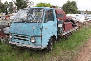 Isuzu Elf - 1967-1970 Isuzu Elf (KA40)
