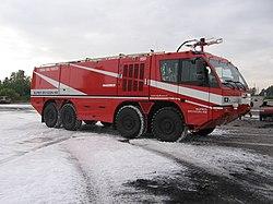 Iveco Magirus Super Dragon x8 - lotniskowy pojazd gaśniczy