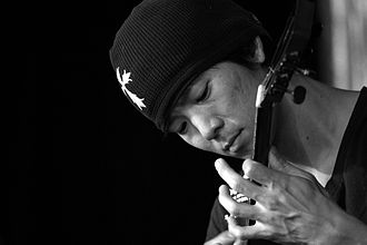 Jake Shimabukuro - Jake Shimabukuro at the Blue Mountains Music Festival (Katoomba, NSW, Australia) March 2008