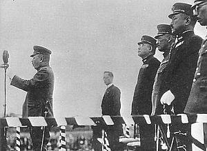 Yun Bong-gil - Japanese dignitaries listen as General Yoshinori Shirakawa addresses the crowd in Hongkew Park, Shanghai moments before the bombing on 29 April 1932.