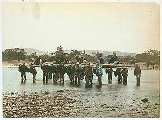 Porter (carrier) - Image: Japanese porters