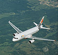 Jetstar Airbus A320 in flight (6768081241).jpg