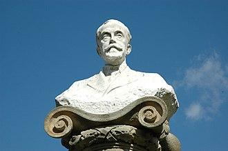 Joan Maragall - Statue in Barcelona's Parc de la Ciutadella, erected in 1913.