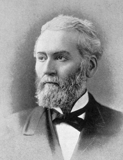 Joseph Medill, 26th mayor of Chicago, was the first foreign-born mayor. Joseph Medill.jpg