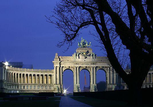 Jubelpark triumphbogen.jpg