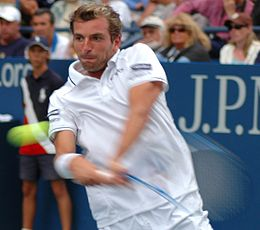 Julien Benneteau at the 2009 US Open 01.jpg