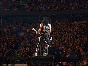 "Paul Stanley - Stanley singing ""Love Gun"" in Montreal."