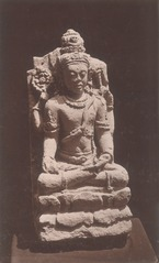 KITLV 87678 - Isidore van Kinsbergen - Hindu-Javanese sculpture coming from the Dijeng plateau - Before 1900.tif