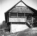 Kašča, zadaj pod in svisli, spodaj shrambe, Vrbičje 1948.jpg