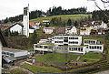 Katholische Kirche St. Katharina mit Grundschule und Kindergarten in Gütenbach.jpg