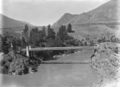 Kawarau River suspension bridge, circa 1926 retusche b.png