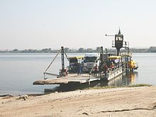 Pontoon (boat) - Wikipedia