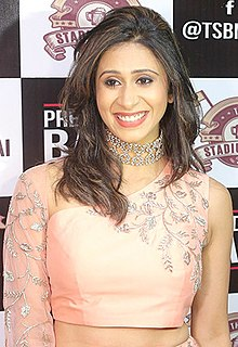 Kishwer Merchant graces Pre Diwali bash at The Stadium Bar.jpg