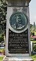 Klagenfurt Annabichl Friedhof Grabstaette Jakob Wald Medaillon und Tafel 28082016 3902.jpg
