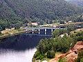 Lávka u Solenic, pohled z přehrady.jpg