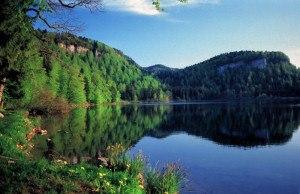 Lac de Bonlieu - Image: Lac bonlieu