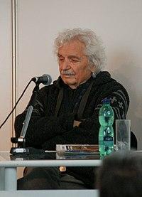 Ladislav Smoljak na Světu knihy 2010.JPG