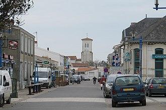 L'Aiguillon-sur-Mer - Town center and commercial district