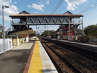 Landsborough railway station - Southbound view in September 2012
