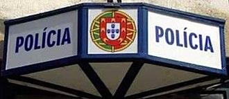 Polícia de Segurança Pública - A traditional lantern sign which identifies a PSP station