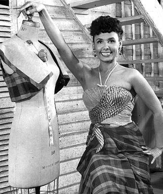 Lena Horne - Publicity photo of Horne for her stage show Nine O'Clock Revue, 1961