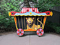 Leo the Paper-Eating Lion, Lincoln Children's Zoo, Lincoln, Nebraska, USA.jpg