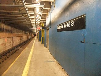 Proposed expansion of the New York City Subway - The Lexington Avenue–63rd Street subway station has two island platforms split across two levels. Their northern sides were walled off until the first phase of the Second Avenue Subway was opened. This is the station's lower level.